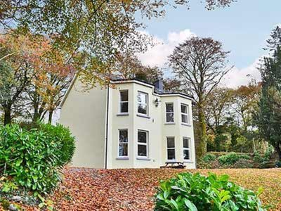 Photo for 4 bedroom property in Llandovery. Pet friendly.