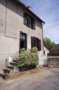 Photo for Lovely, no fuss house in walking distance of all amenities.