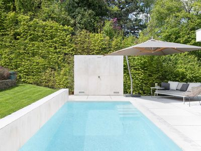 Photo for Penthouse with garden and pool 15 min to downtown Vienna