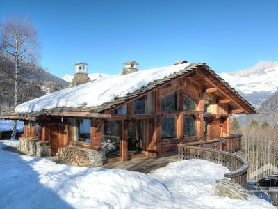 Photo for Chamonix-Les Houches luxury chalet, ski in / ski out, hammam