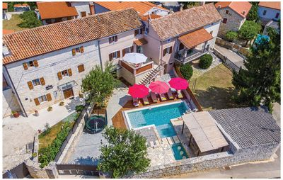 Photo for 4 bedroom accommodation in Peresiji