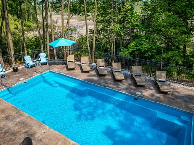 Photo for Pool, hot tub, private association beach, lake view, pool open til Ooctober 21!