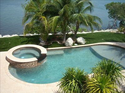 Photo for Bayfront Beauty in Venetian Shores with Pool,Jacuzzi and Dock