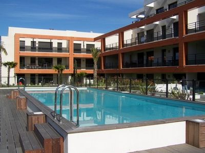 Photo for 3 rooms air conditioned in residence with swimming pool in 2 steps of the beaches