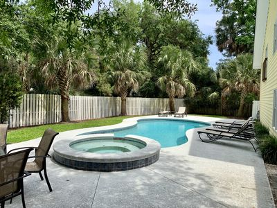 Photo for Great Rates! 4 min walk to Beach/Private Pool/ BBQ Grill/Pool Table!