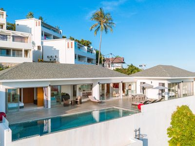 Photo for Luxury 3 bedroom villa with private pool and amazing sea view