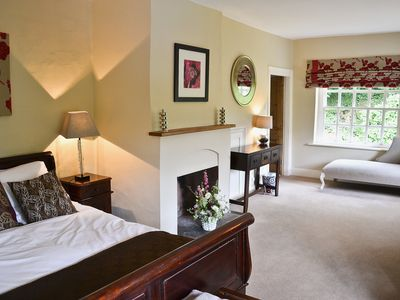 Photo for 5 bedroom accommodation in Maidstone