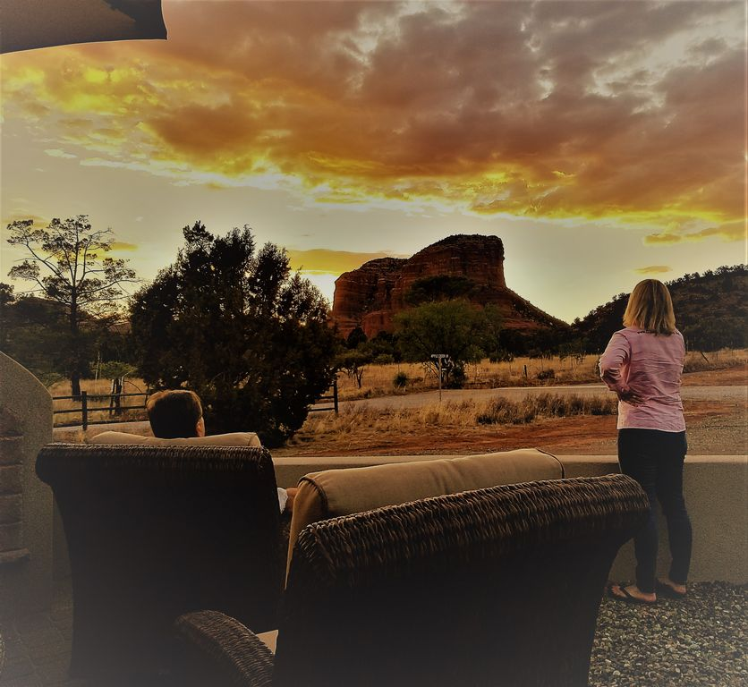 Stunning Red Rock Views And Horses Vrbo