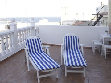 Search 877 holiday rentals