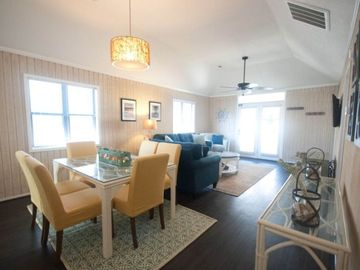 Newly rennovated 3-bedroom Beach house in North Myrtle Beach- WIFI