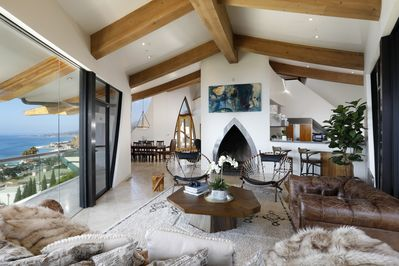 Architecturally Stunning Home in Perfect Malibu Location - Eastern on