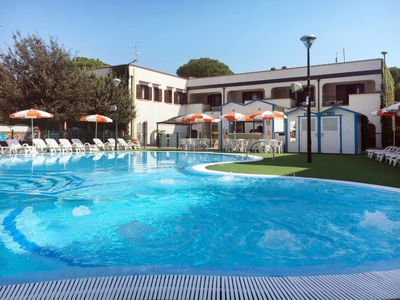 Photo for Apartment Res. Michelangelo Resort (LSP253) in Lido di Spina - 8 persons, 3 bedrooms