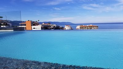 Large Infinity pools with incredible views of the city, mountains, and ocean.