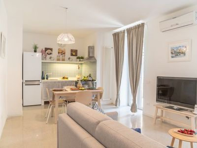 Photo for Holiday house in the center of Sant'Agata with private garden