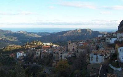 Photo for Italian House in the quaint & friendly Pietrapaola, minutes from the beach