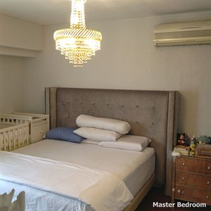 Photo for Lovely Apartment with Hotel Amenities