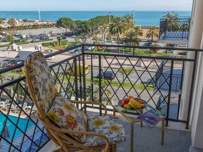 Photo for Apartment Menton, 1 bedroom, 4 persons