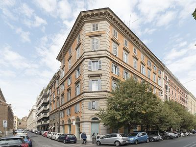 Photo for Villa Borghese Roomy Flat