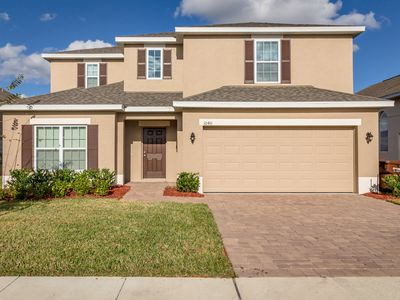Photo for Orlando pool home convenient to the Orlando attractions and major golf courses
