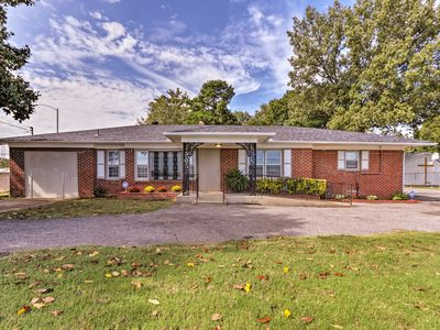 Photo for NEW! Memphis Home w/Smoker - 2.5 Mi. to Graceland!