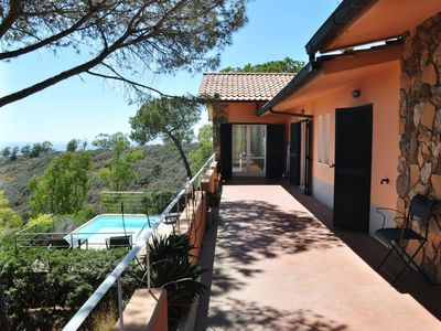 Photo for Wonderful private villa for 10 guests with private pool, TV, balcony, pets allowed and parking