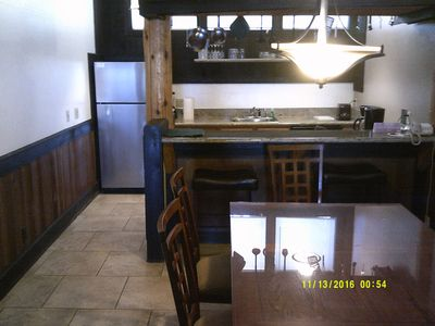 2 bedroom 2 bath with full Kitchen and fireplace!!!!!