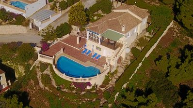 Photo for Luxury 4 Bed Villa with amazing panoramic Views