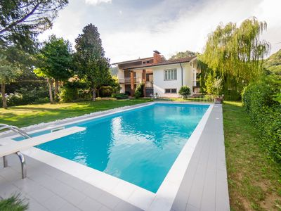 Photo for Wonderful private villa with private pool, WIFI, TV, terrace, pets allowed, parking, close to Lucca
