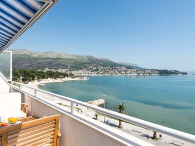 Photo for DUPLEX apartment with SEA VIEW only 10 meters from the sea!