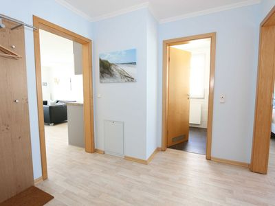 Photo for Apartment 06 3-room 1st floor 4 stars - A: House Rügenscher Bodden with sea view 4 stars