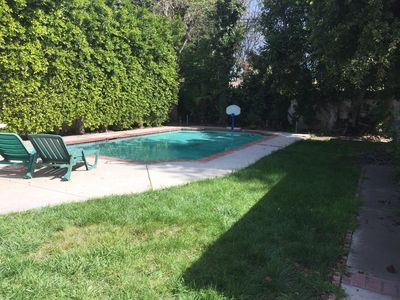 Lovely 2 Bedroom Home W/Pool