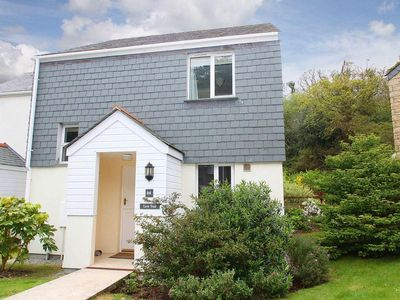 Photo for COVE TRAIL COTTAGE, family friendly in Falmouth, Ref 959718