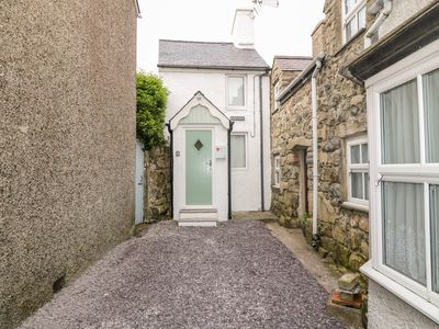 Photo for College Cottage, NEFYN