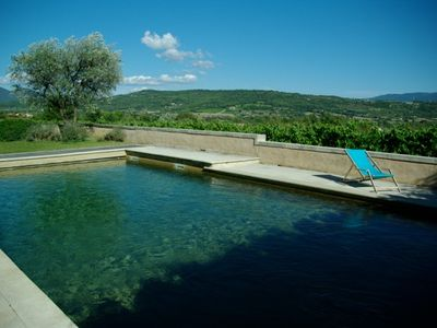 Photo for Beautiful farmhouse in the Luberon Vaucluse for 6 people