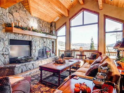 Photo for Luxurious mountain home, Amazing Views, sleeps 12, private hot tub, Entertainers dream