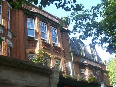 Photo for Lovely Victorian apartment in the heart of London's historic Kew village.