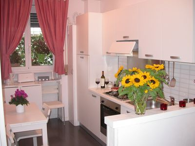 Photo for Delightful apartment just steps from the Vatican and close to the subway