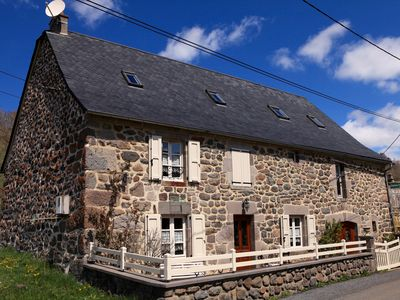 Photo for 4 cozy guest rooms in the heart of the volcanoes of Auvergne