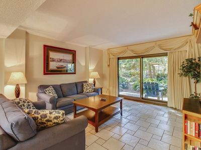 Photo for This 1st floor, 3 bedroom, and 3-bath villa is in a popular oceanfront complex right on prestigious
