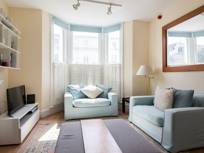 Photo for Earls Court Gardens (IVY LETTINGS). Fully managed, free wi-fi, discounts available