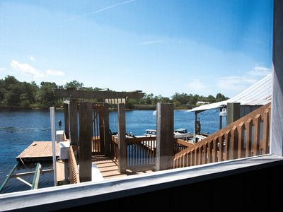 Private dock on the river, check out the reviews, limited scalloping dates 💥