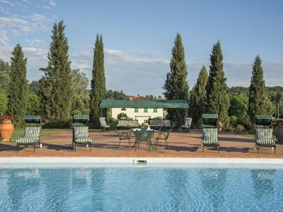 Photo for Beautiful private villa with WIFI, private pool, A/C, TV and parking, close to Greve In Chianti