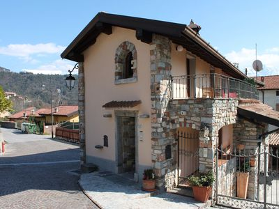 Photo for With Rustic Patio and Garden in Charming Italian Village - Casa Rita 3