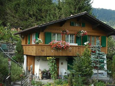 Photo for Apartment Bärgchutzli 1. Stock  in Adelboden, Bernese Oberland - 4 persons, 2 bedrooms