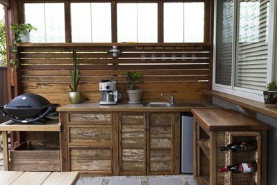 New outdoor BBQ area with Weber Q, coffee machine and outdoor kitchen facilities