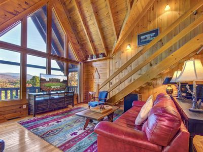 Photo for 3BR Cabin Vacation Rental in Sevierville, Tennessee