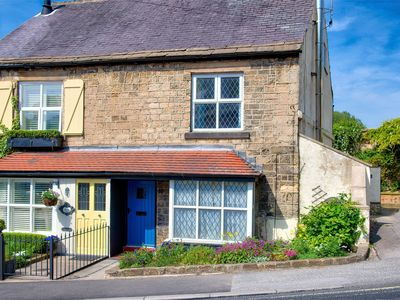 Photo for 2 bedroom Cottage in Knaresborough - HH042