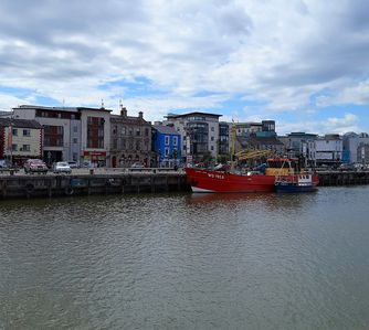 Photo for Modern Condo in the Heart of Wexford