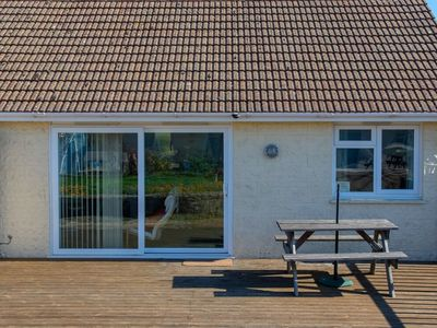 Photo for Seaview Bungalow Isle Of Wight 2 Bedrooms 50 Yards From The Beach...