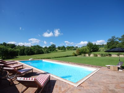 Photo for A Beautiful Cottage with private pool close to Gualdo and the Sibilini Mountains